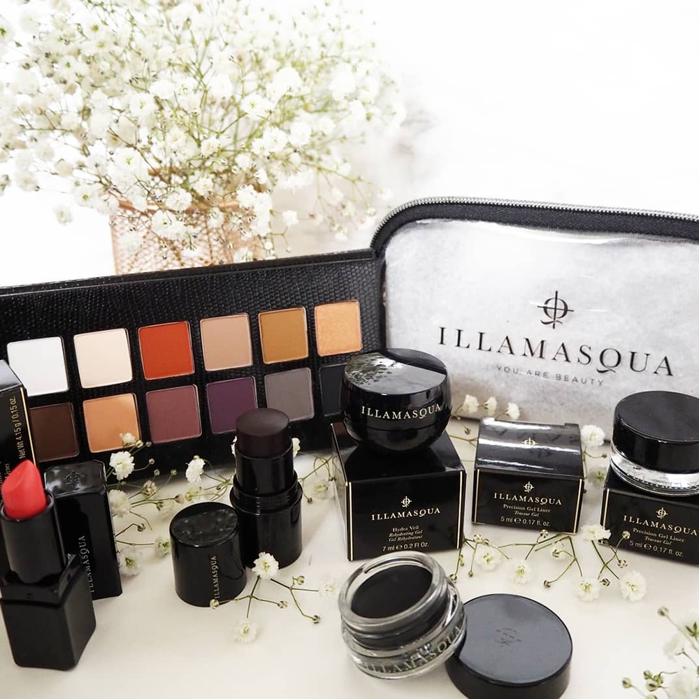 ILLAMASQUA - A REPURCHASE, A NEW PURCHASE AND A FREE GIFT